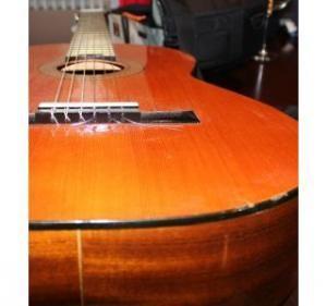 Guitarra clásica electrificada ADMIRA modelo MONICA E