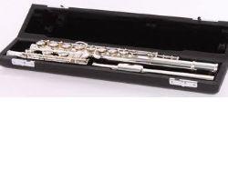 Flauta SANKYO modelo CF-701 BE