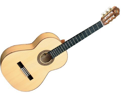 Guitarra clásica ADMIRA modelo DUENDE