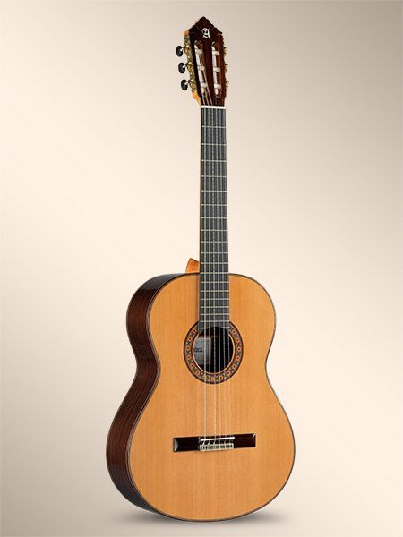 Guitarra clásica ALHAMBRA modelo 10P