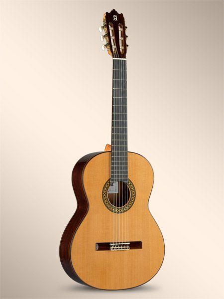 Guitarra clásica ALHAMBRA modelo 4P