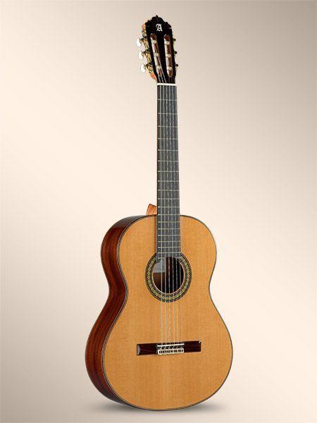 Guitarra clásica ALHAMBRA modelo 7C