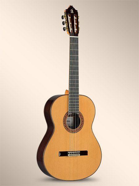 Guitarra clásica ALHAMBRA modelo 8P