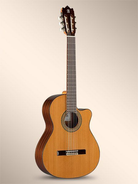 Guitarra Cut-Away ALHAMBRA modelo 3 C-CW-E1