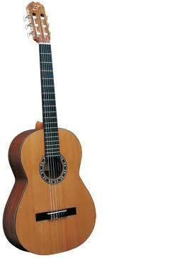 Guitarra clásica ADMIRA modelo IRENE