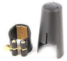 Abrazadera de cuero con boquillero plástico para clarinete alto o bajo VANDOREN