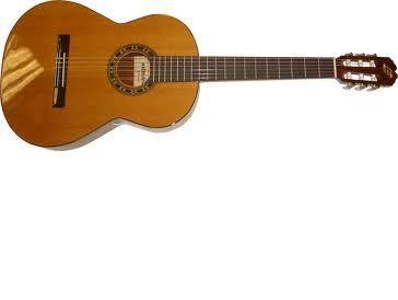 Guitarra clásica ADMIRA modelo MALAGA