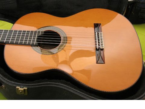 Guitarra clásica ALHAMBRA modelo José Mª Vilaplana Excellence