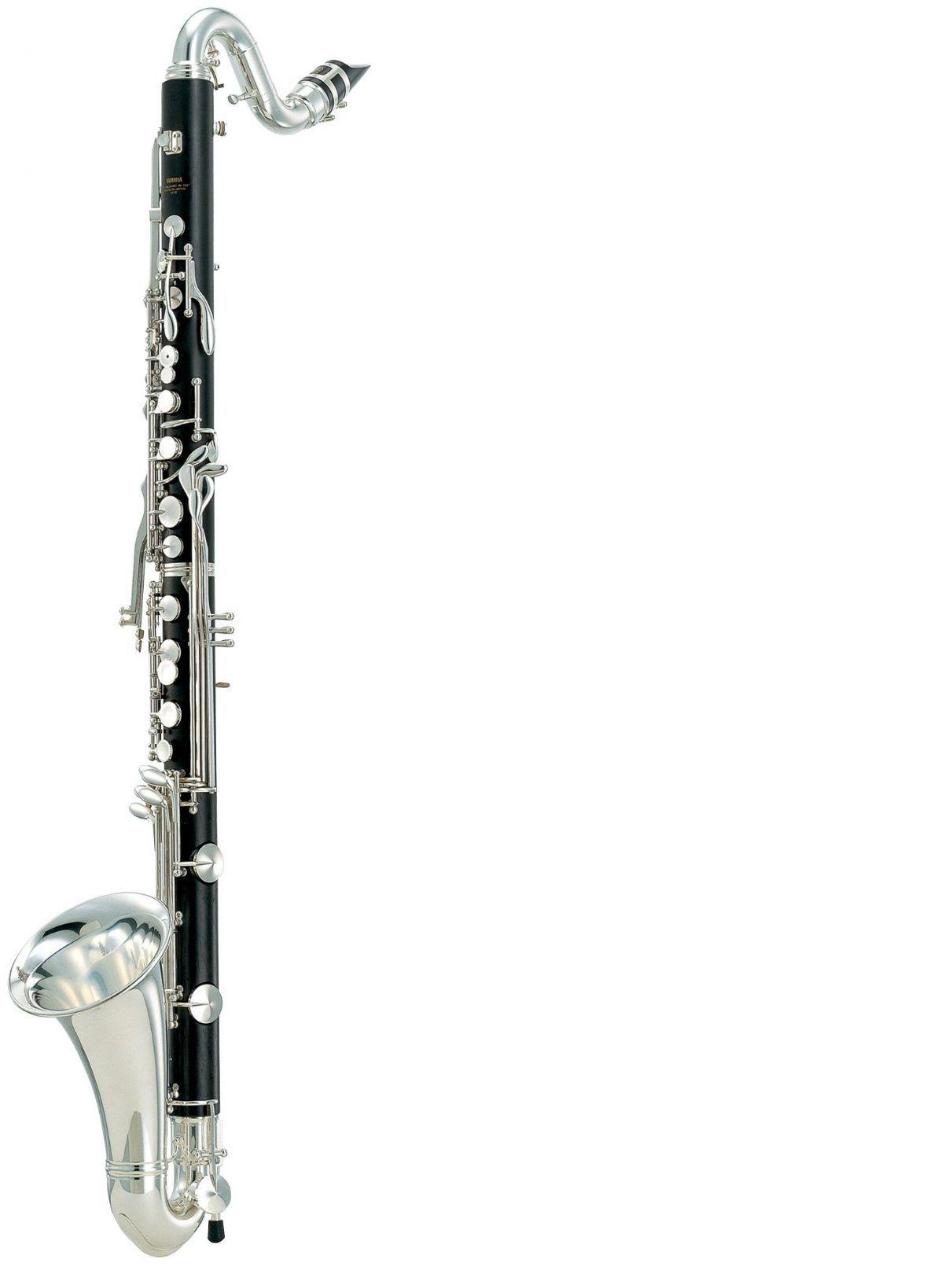 Clarinete Bajo YAMAHA modelo YCL 621 II